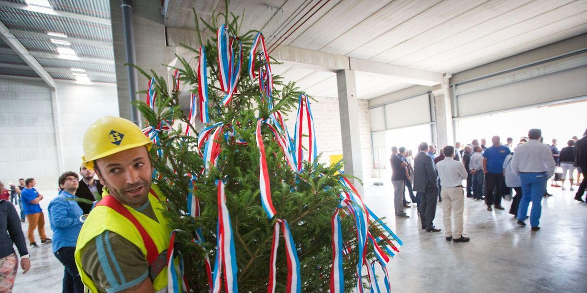 Der Rohbau der neuen Logisthalle der CFL Multimodal steht. Am Donnerstag wurde das Richtfest gefeiert.