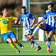 9 Christian Welter -9 Orlando Carlos Crreira Ribeiro / Fussball/ 16.10.2016 / AS Porto Luxemburg - Syra Mensdorf / Terrain Synth. Cessange / Photo: Julien Ramos / Imagify.lu