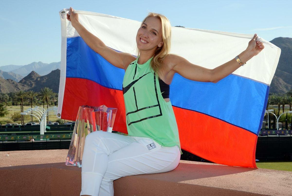 Elena Vesnina a fait flotter les couleurs de la Russie dans le désert californien.