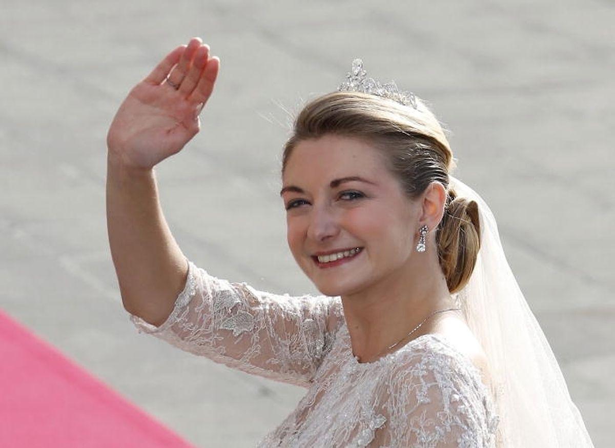 La princesse Stéphanie lui avait confié son visage le jour de son mariage, le 20 octobre 2012