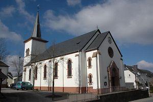 Der Streit zur Überführung der Kirchengebäude und Vermögenswerte der Kirche in einen Fonds ist längst nicht gelöst.