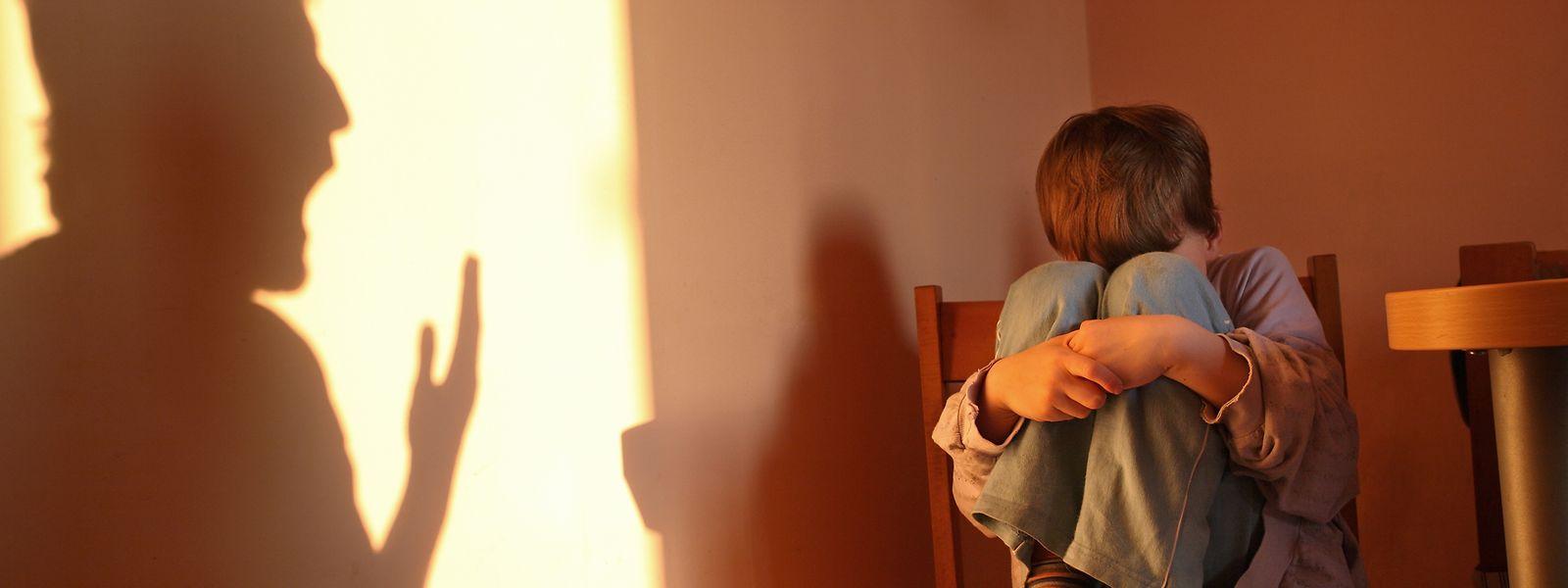 Minderjährigen, die Gewalt ausgesetzt sind, soll schnell geholfen werden.