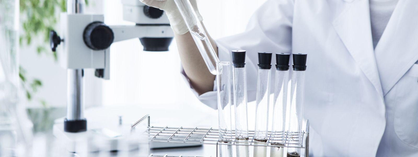 Mehr als 2.000 Proben nehmen die Mitarbeiter des zuständigen Dienstes für Lebensmittelsicherheit bei der Santé jedes Jahr, um sie anschließend im Labor untersuchen zu lassen.