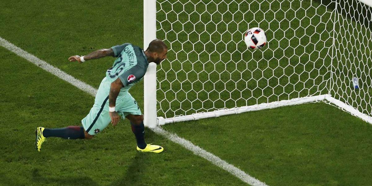 Quaresmas Abstauber bringt Portugal ins Viertelfinale.