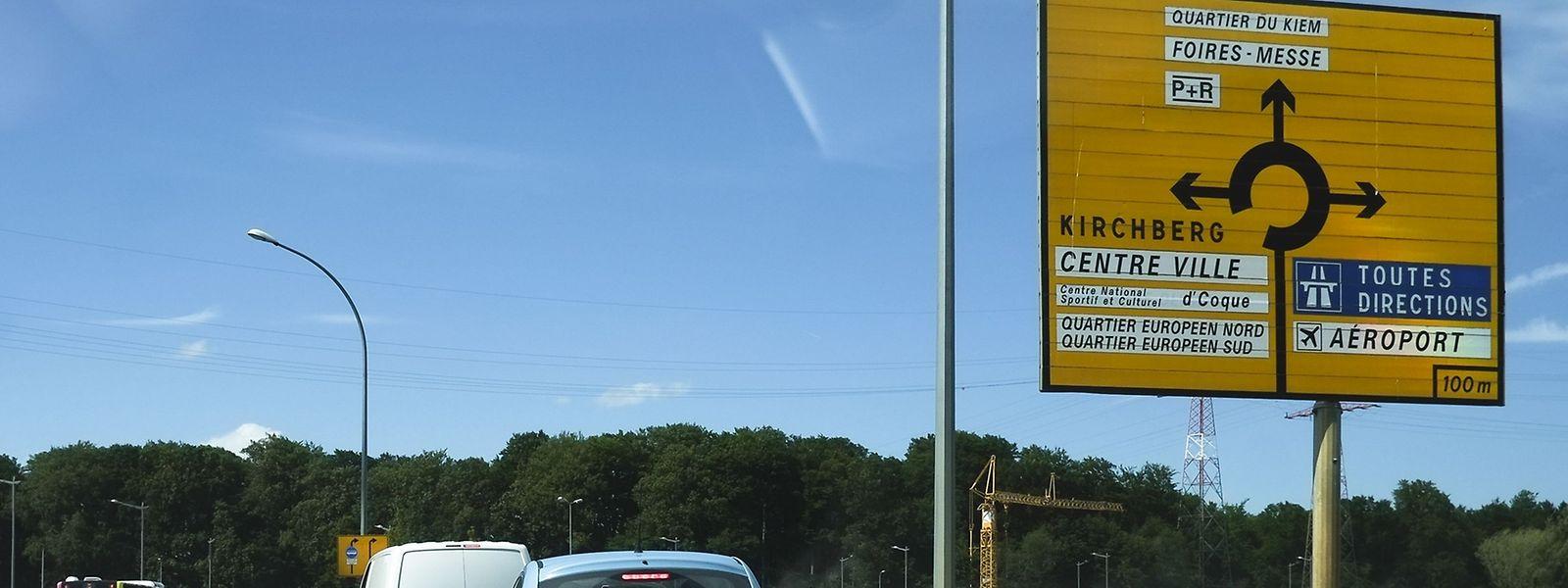 """30 000 Autos fahren bereits heute täglich durch den """"Rond-Point"""" Serra."""