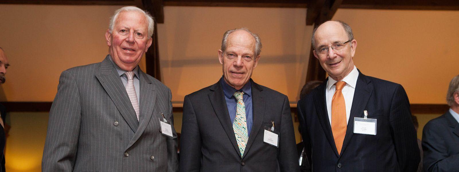 David Shirreff entouré de Jacques Santer et David Clark au 40ème lunch Tigfi ce jeudi.