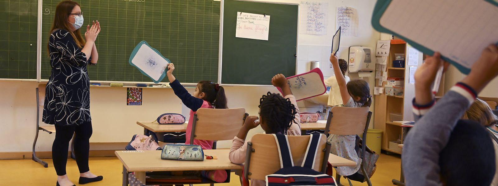 Aux yeux de la CGFP, la décision tardive du gouvernement «met en danger la santé des jeunes travailleurs», notamment les enseignants et les policiers.