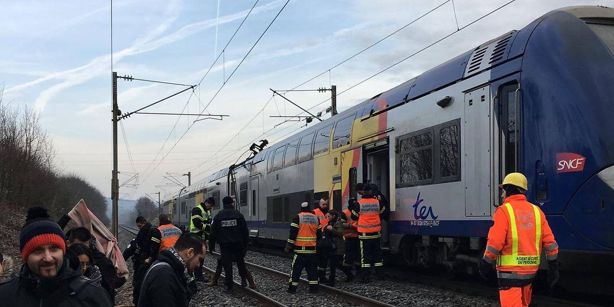Un train était à l'arrêt à la sortie de Thionville, en direction de Bettembourg