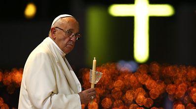 O Papa Francisco na cerimónia da bênção das velas em Fátima