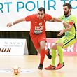 José Vieira, en rouge, FCD03, et Diogo Pereira, Futsal US Esch / Foto: Stéphane Guillaume