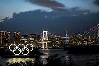 Vista do logótipo dos Jogos Olímpicos na capital japonesa de Tóquio, palco da edição de 2020 do evento.