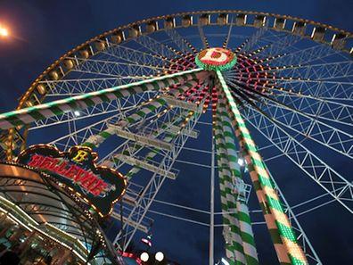 Atypique, la Schueberfouer est une des plus grandes fêtes foraines d'Europe.