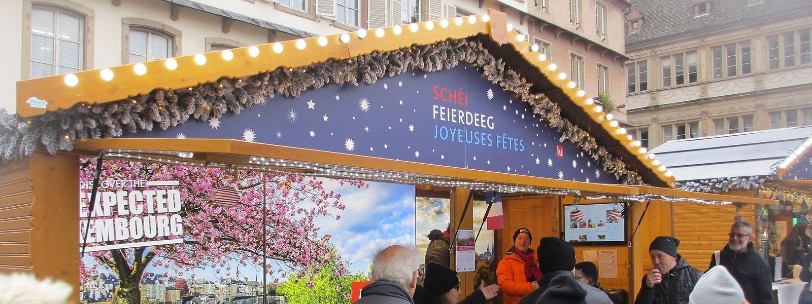 Das Luxemburger Dorf erwartet die Gäste des Straßburger Weihnachtsmarkts als Repräsentation des Landes mit speziell hierfür gefertigten Produkten.