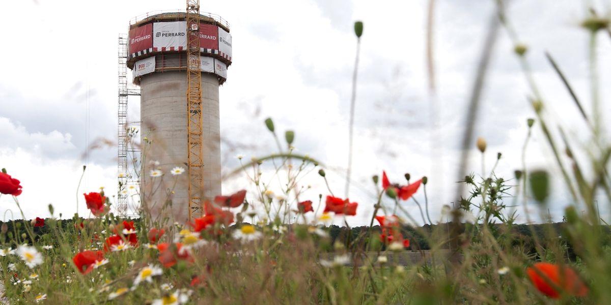 Der Wasserturm im Ban de Gasperich wird der höchste im Land sein.