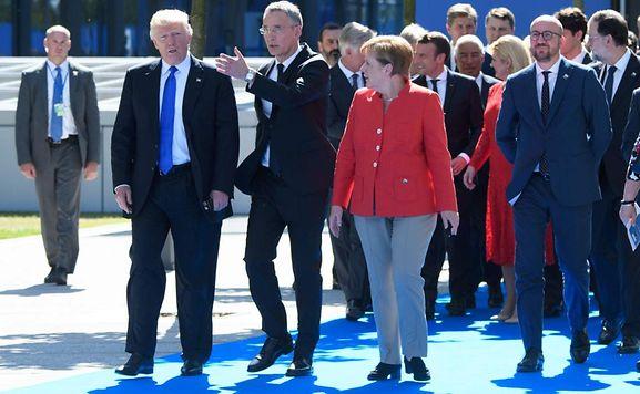 International: Medien: Trump soll die Deutschen als