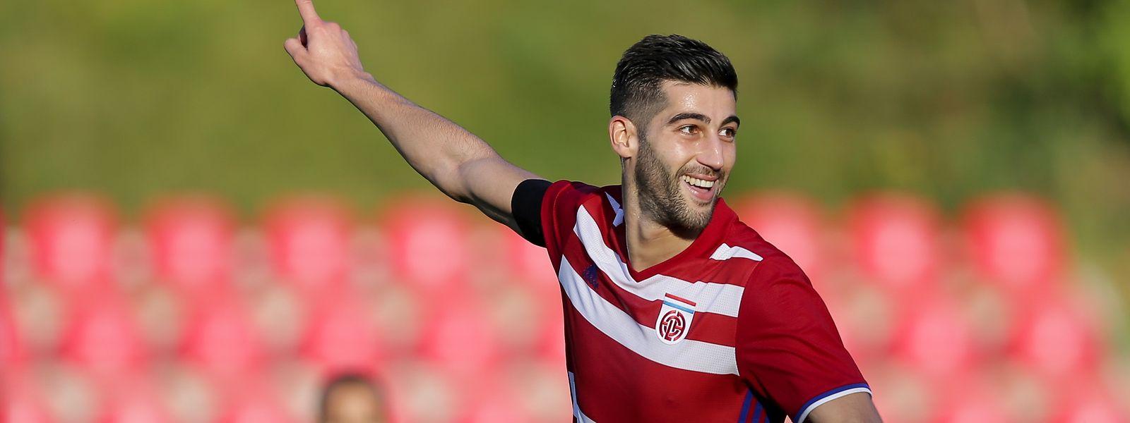 Samir Hadji voltou a fazer o gosto ao pé frente ao Differdange