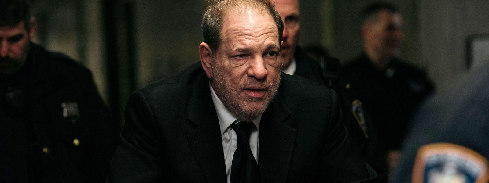 Bei einer Verurteilung droht Weinstein eine lebenslange Haftstrafe.