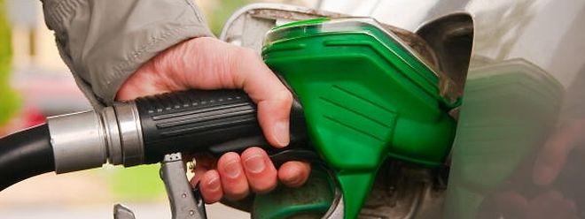 A gasolina vai ficar mais barata a partir da meia-noite