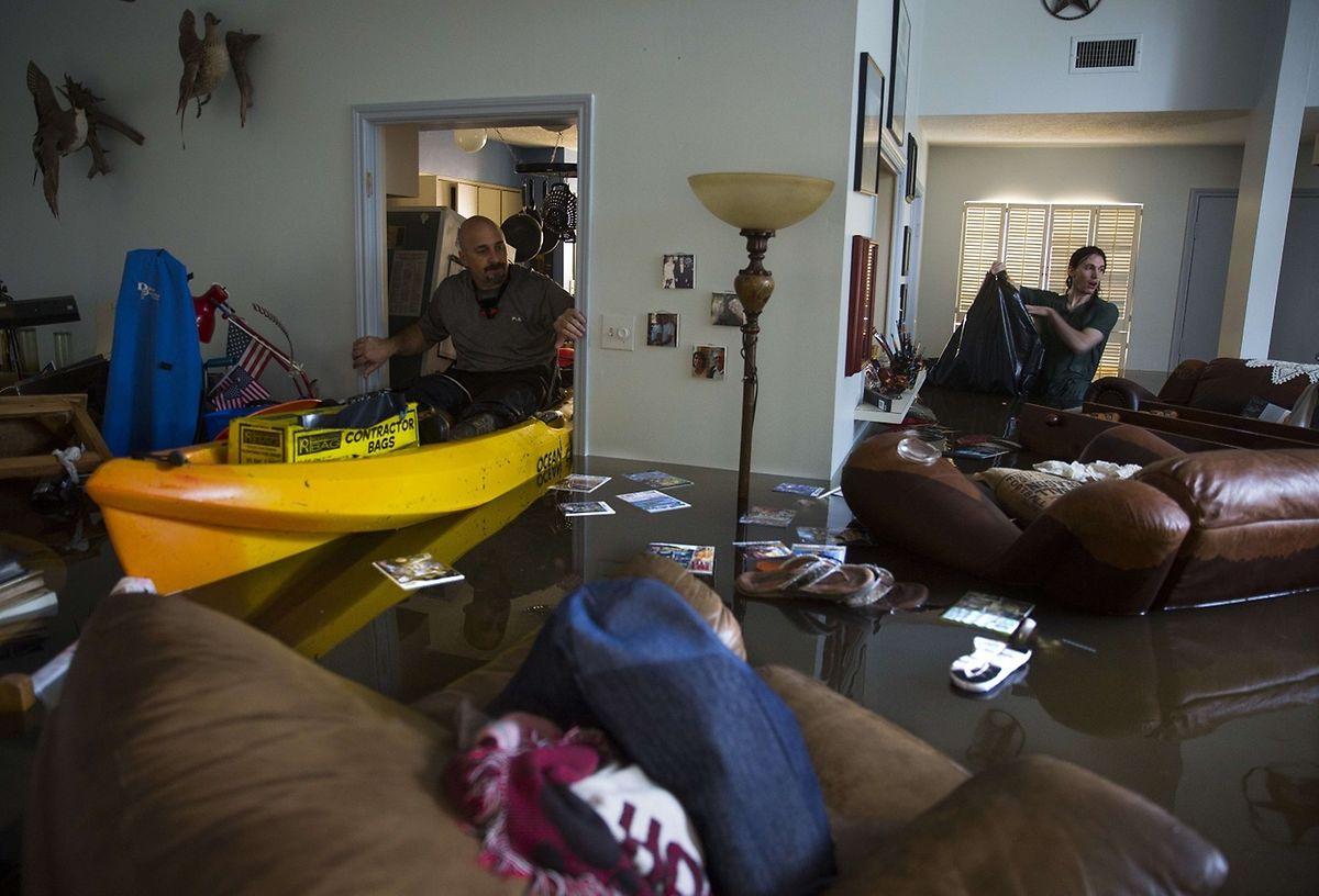 Staatliche Hilfe erhalten nur die, die nachweisen könne, dass es in ihrem Haus keinen einzigen noch bewohnbaren Raum mehr gibt.