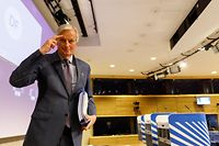 EU Chief Negotiator - Task Force for the Preparation and Conduct of the Negotiations with the United Kingdom under Article 50 TEU. 2015-2016- Michel Barnier leave at the end of the press conference at  the European Commission in Brussels, on April 24, 2020. (Photo by Olivier Matthys / POOL / AFP)