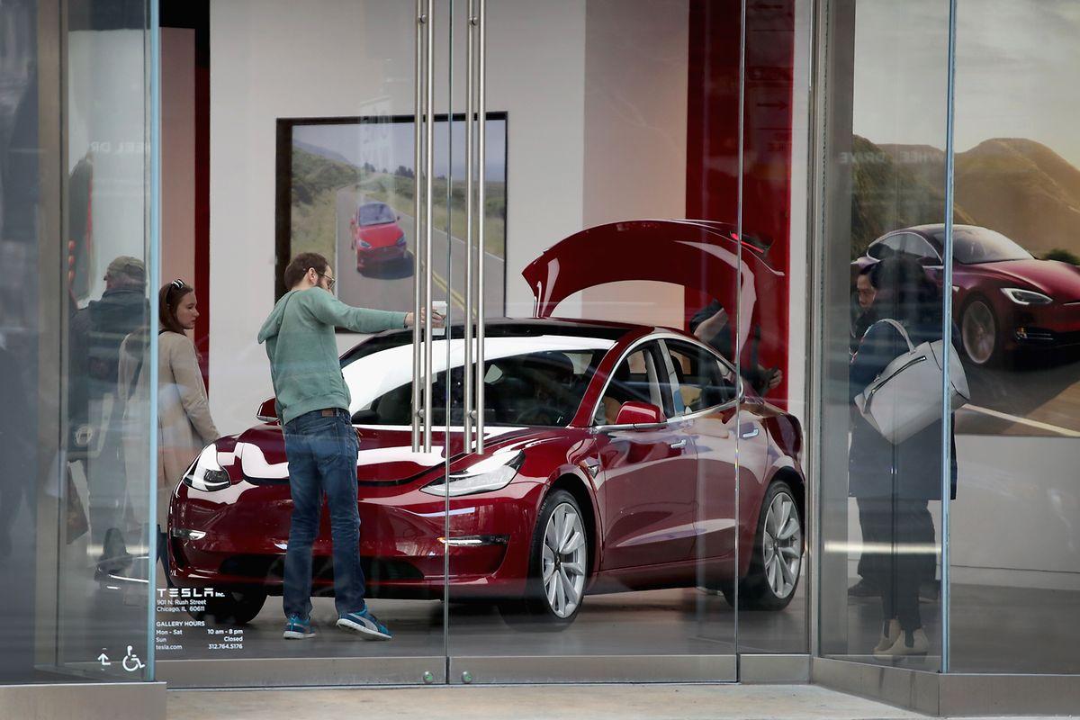 «Le modèle 3 de Tesla pousse les statistiques des voitures électriques vers le haut au Luxembourg», glisse Philippe Mersch.