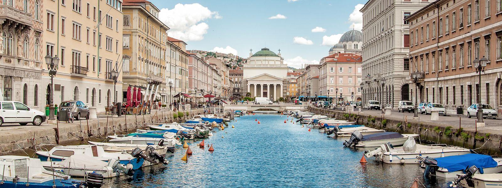 Nach dem Frühstück bietet sich ein Spaziergang am zentral gelegenen Kanal im Stadtzentrum an.