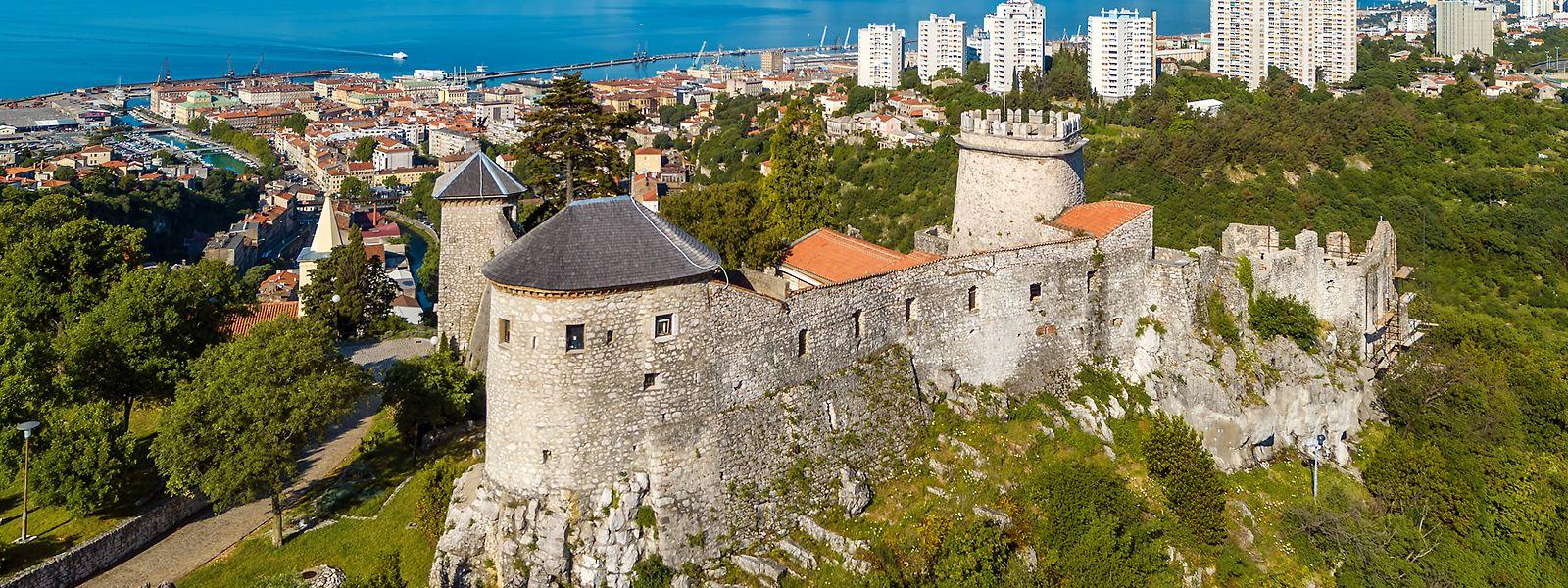 Von der Burg Trsat soll Plänen zufolge eine Zipline hinunter in Richtung Wasser starten.