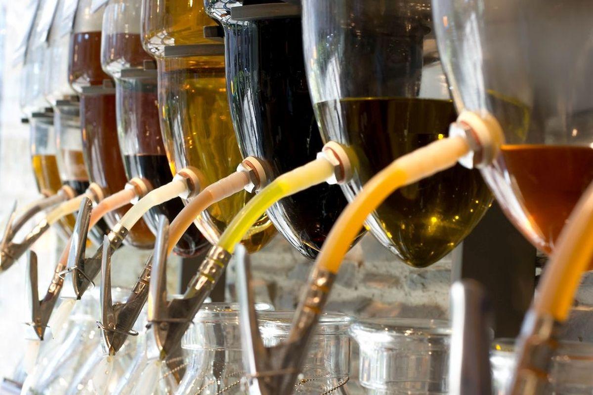 Les produits seront présentés dans des silos ou des grands contenants en verre et inox.