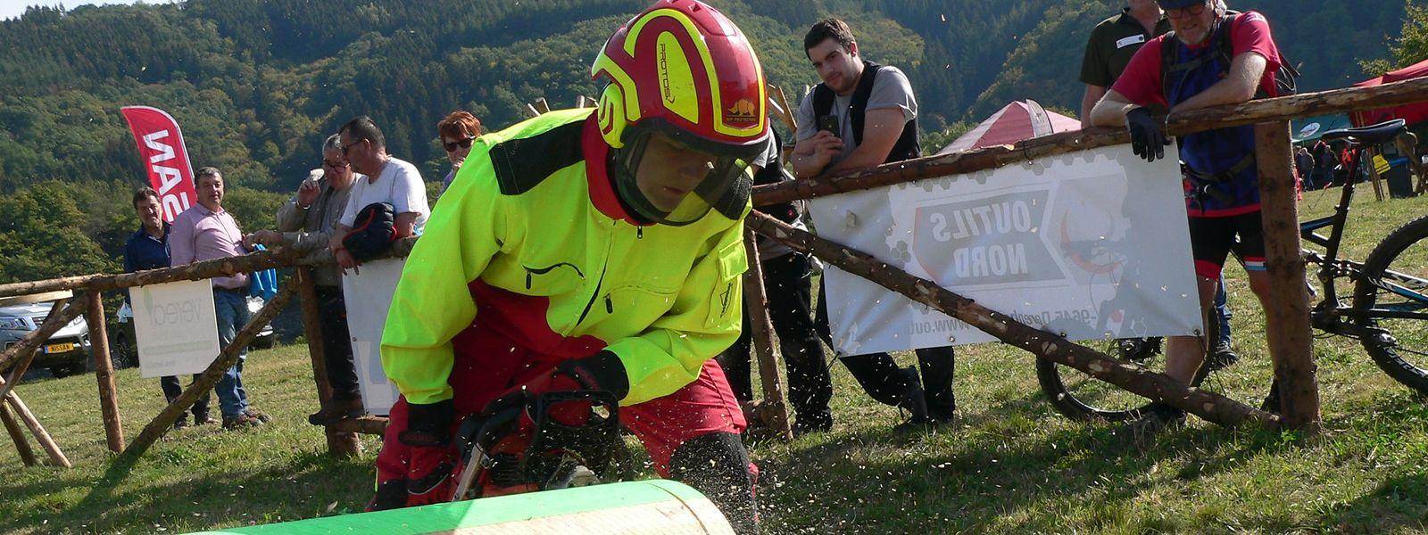 Le concours de bûcheronnage est toujours l'un des clous du «Bëschfest» au Burfelt.