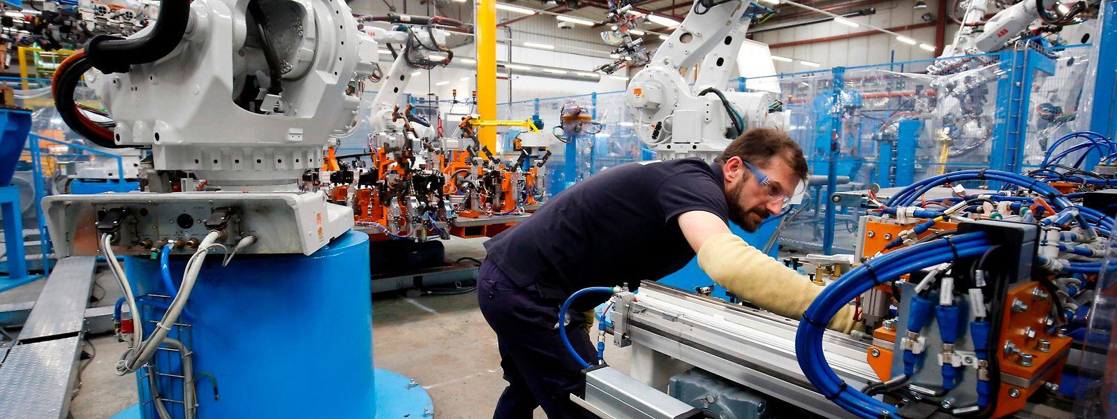 Tous secteurs confondus, 29,6 millions d'heures chômées ont été financées par le soutien du chômage partiel, de mars à juin 2020.