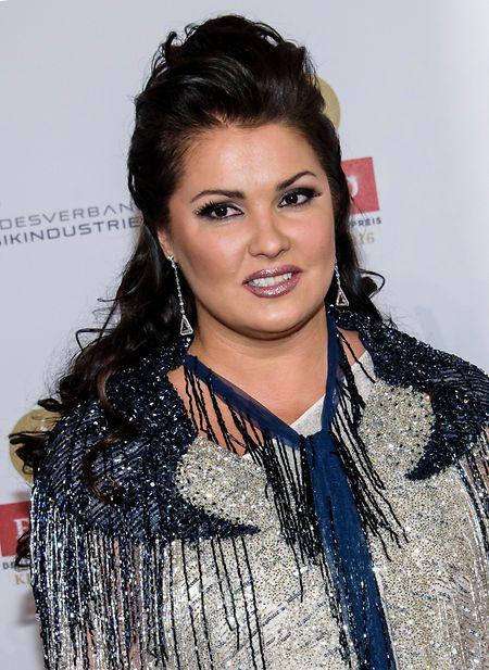Netrebko war wegen einer durch das Corona-Virus ausgelösten Lungenentzündung im Krankenhaus.