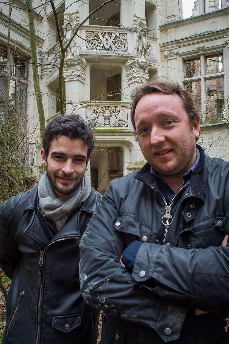 """Romain Deleaume de l'association """"Adopte un Chateau.com"""" et Julien Marquis du dite de crowdfunding """"Dartagnans.fr"""" veulent éveiller la belle au bois dormant."""