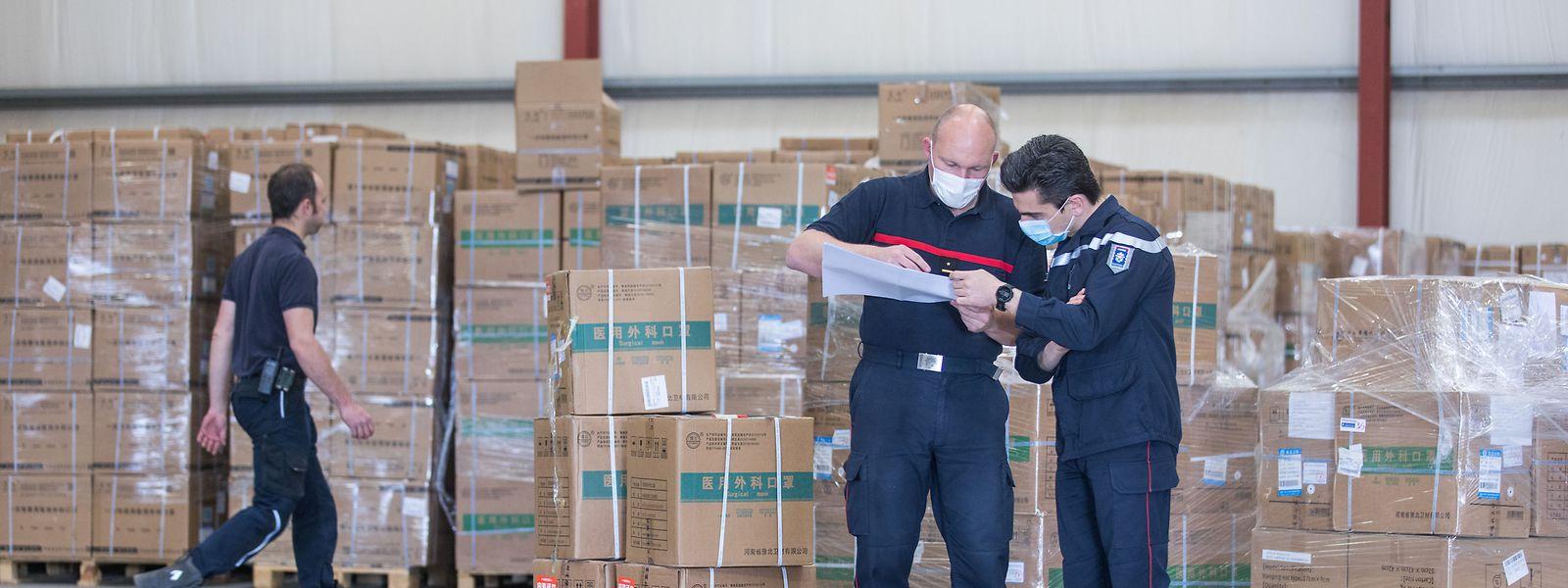 Comme ici à Mersch, la première vague de distribution de masques (27 millions d'unités) avait été prise en charge par le CGDIS.