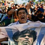 Antes da eternidade, Maradona vai ter banho de povo na despedida