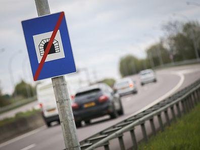 Tunnelende,Autobahn Frisingen,Welche Geschwindigkeit nach Tunnelausgang. Foto:Gerry Huberty