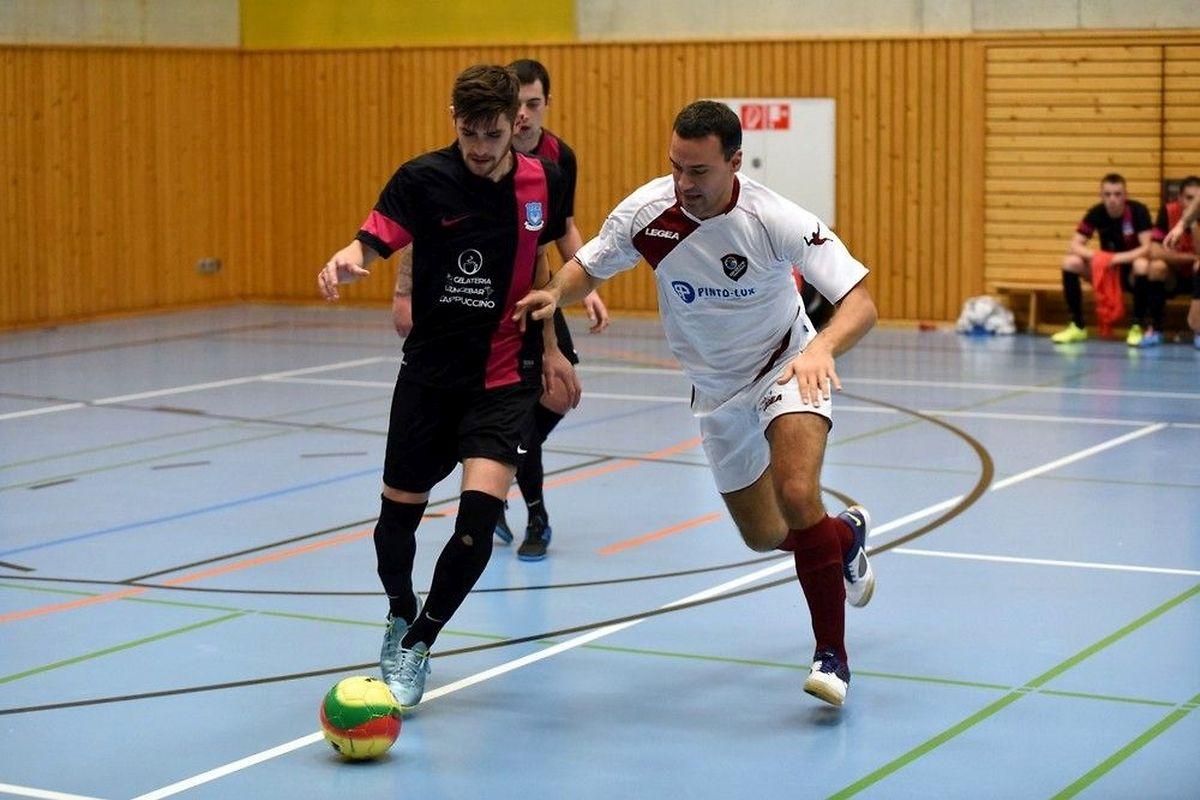 Mike Carvalho Azevedo et le Futsal Nordstad ont pris la mesure d'Ivan Milosevic et des 58 Boys Garnich (blanc).