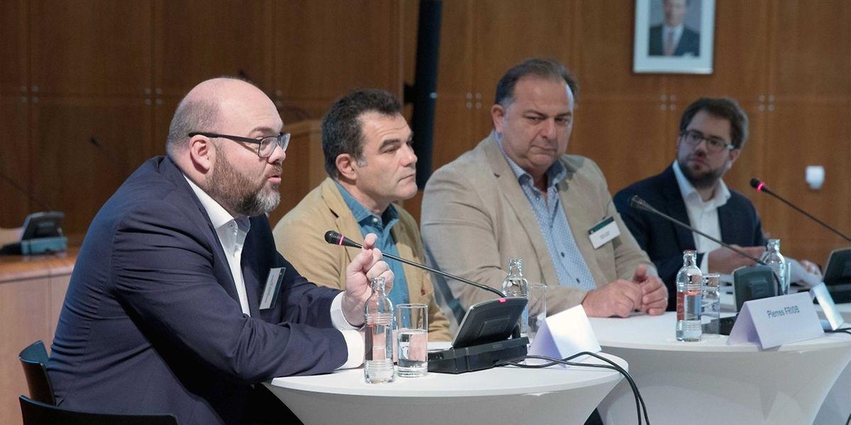 Joël Schons (Stugalux), Pierre Friob (Abitare) et Michel Sanna (Beim Figaro), interrogés par Laurent Schmit, ont apporté leurs témoignages. Une bonne manière de sensibiliser les PME.