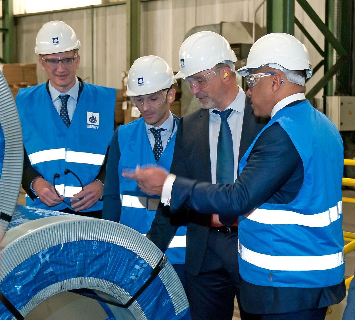 Sanjeev Gupta (à droite) avait annoncé vouloir s'appuyer sur Dudelange pour produire un «acier vert» destiné aux secteurs industriels déjà clients de l'usine luxembourgeoise: bâtiment, automobile, électroménager.