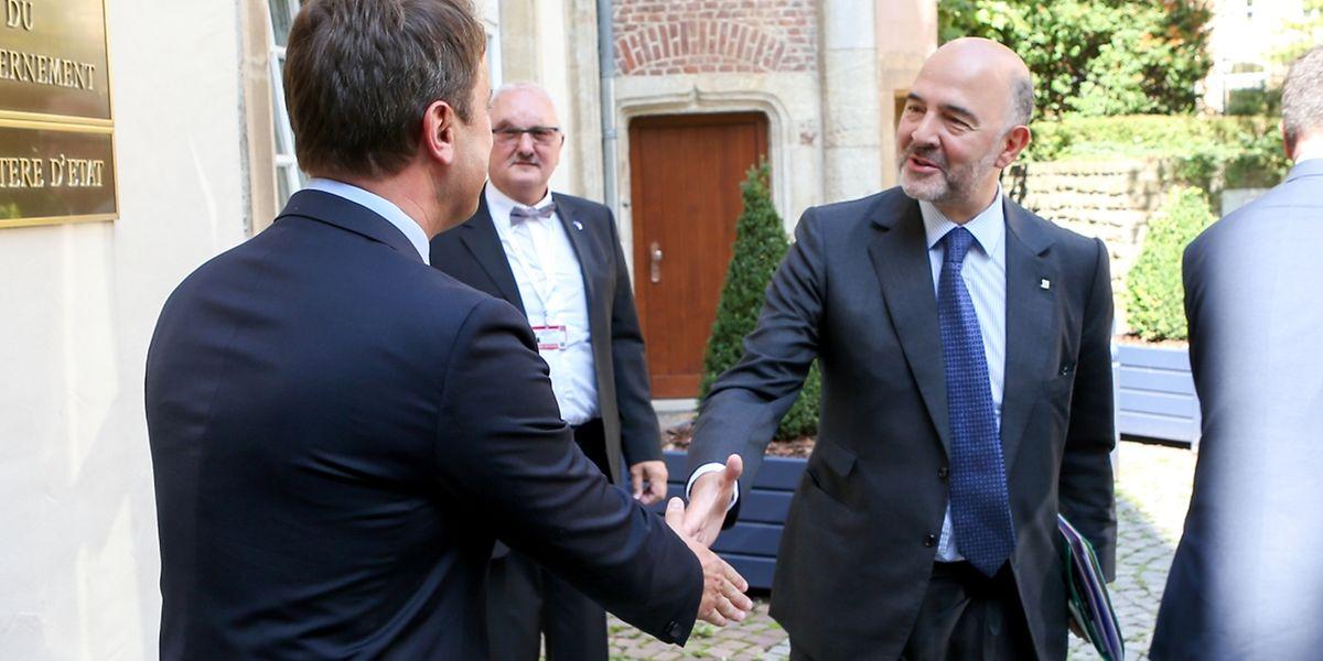Xavier Bettel et le commissaire européen Pierre Moscovici ce vendredi à l'Hôtel de Bourgogne