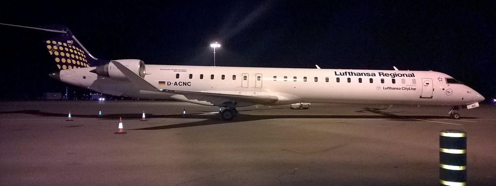 Die Lufthansa setzt auf den Strecken nach Frankfurt und München vor allem die Bombardier CRJ900 mit 90 Sitzen ein.