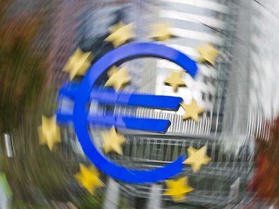 """O Bundesbank defende que """"as infracções às regras deviam ter consequências"""""""
