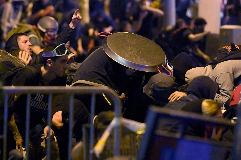 Straßenschlachten in Barcelona.