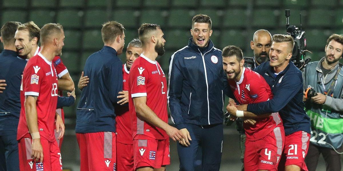 Les joueurs luxembourgeois à la fête après le large succès sur la Moldavie (4-0).