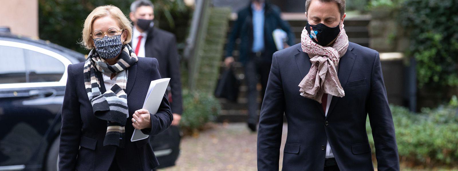 Nach der Kabinettssitzung informierten Premier Xavier Bettel (DP) und Gesundheitsministerin Paulette Lenert (LSAP) die Öffentlichkeit über die neuen Restriktionen.