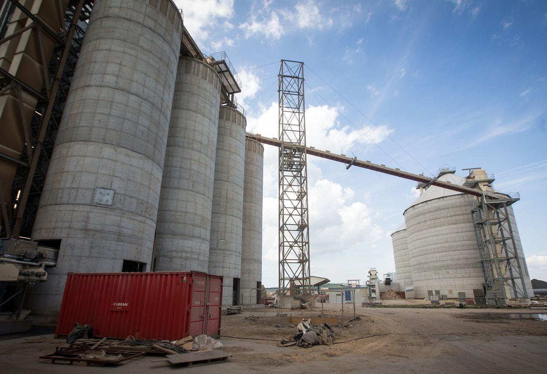 Kronospan investiert insgesamt rund 330 Millionen Euro in den Standort Sanem, um mehr mit Recyclingholz produzieren zu können.