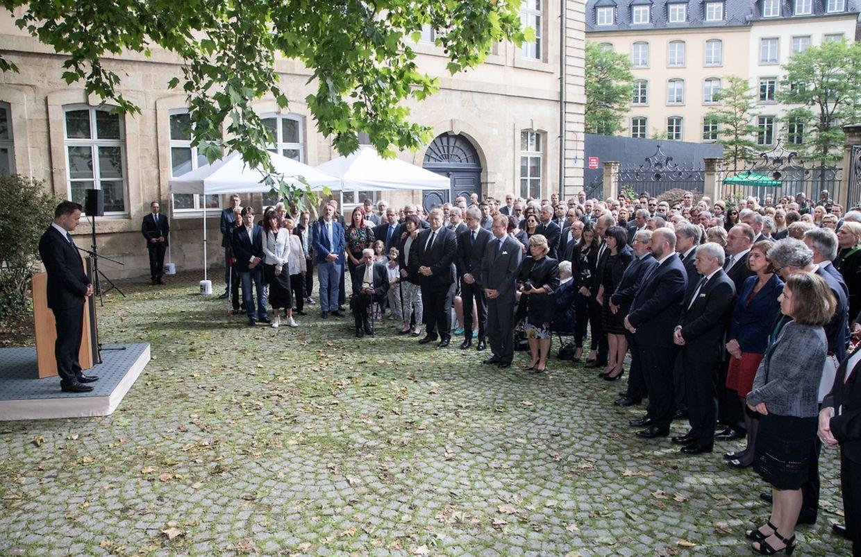 Am Samstagmorgen fand die offizielle Trauerfeier für den am 16. Mai verstorbenen früheren Staatssekretär im Umweltministerium, Camille Gira, statt.