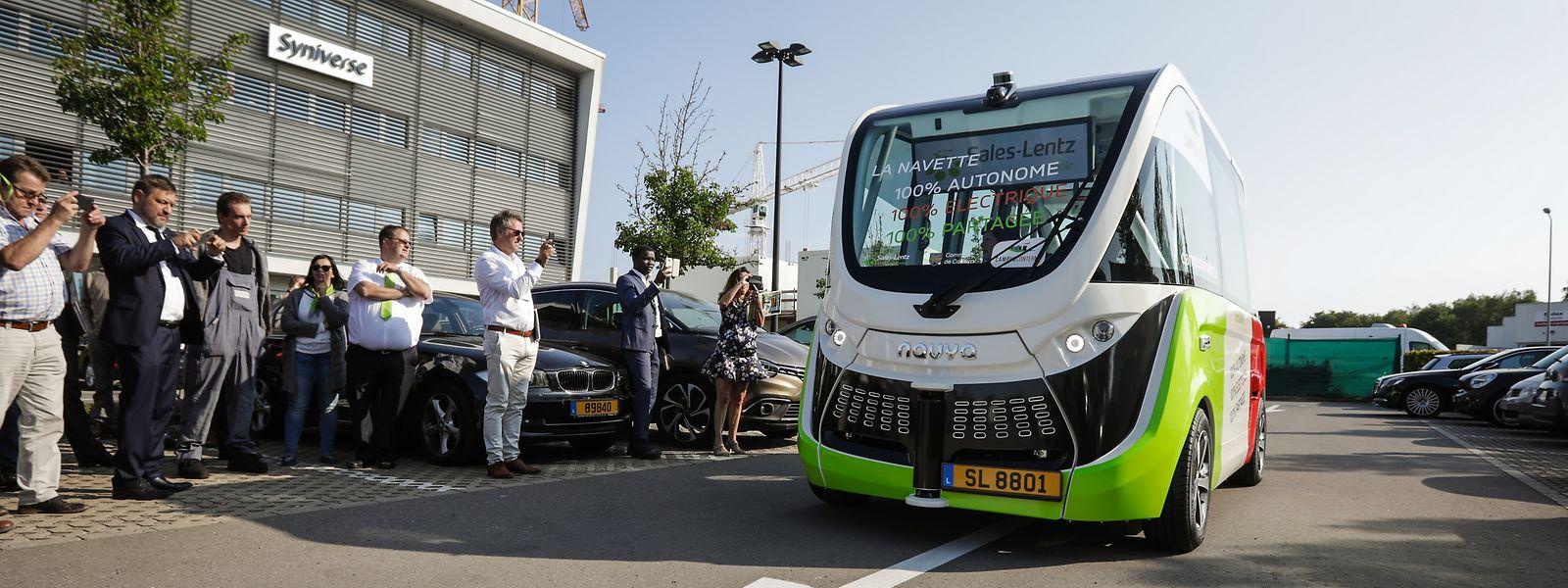 Der erste selbstfahrende Bus in einem Industriegebiet fährt in Contern