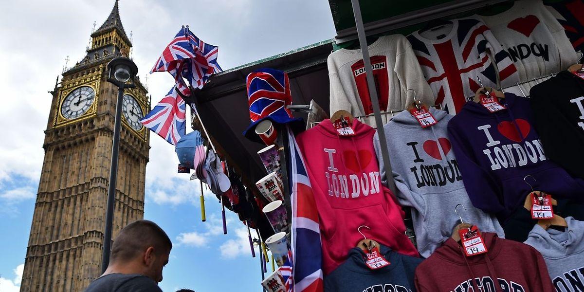 Selon un sondage réalisé pour le Sunday Times vendredi et samedi, 52% des Ecossais veulent désormais que leur pays se sépare du reste du Royaume-Uni, et que l'Ecosse reste membre de l'Union européenne.