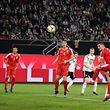 Luka Jovic, l'attaquant pisté par le Barça, a trompé Manuel Neuer pour ouvrir le score pour la Serbie.