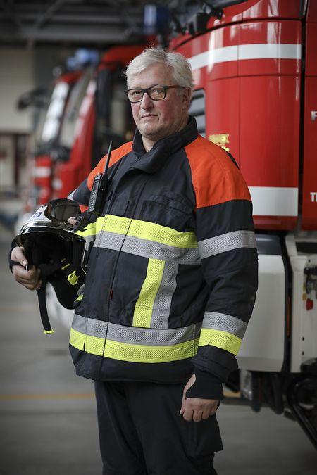 Frank Hermes fait partie des pompiers volontaires de Pétange qui sont intervenus dans les heures suivant la tornade. Au total, l'événement aura mobilisé 850 personnels du CGDIS, 150 secouristes français et allemands, 250 militaires, des centaines de bénévoles et de personnels communaux.